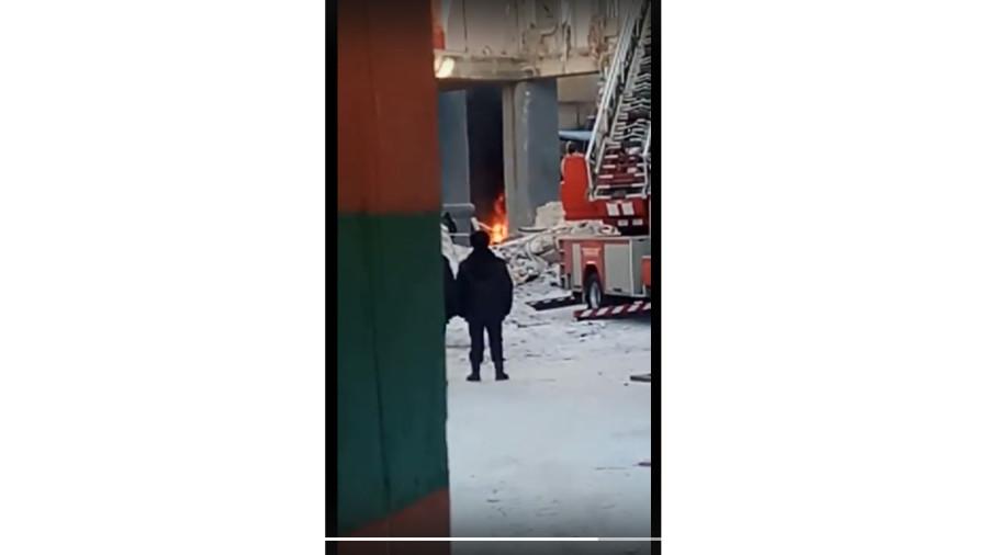пожар на месте взрыва5