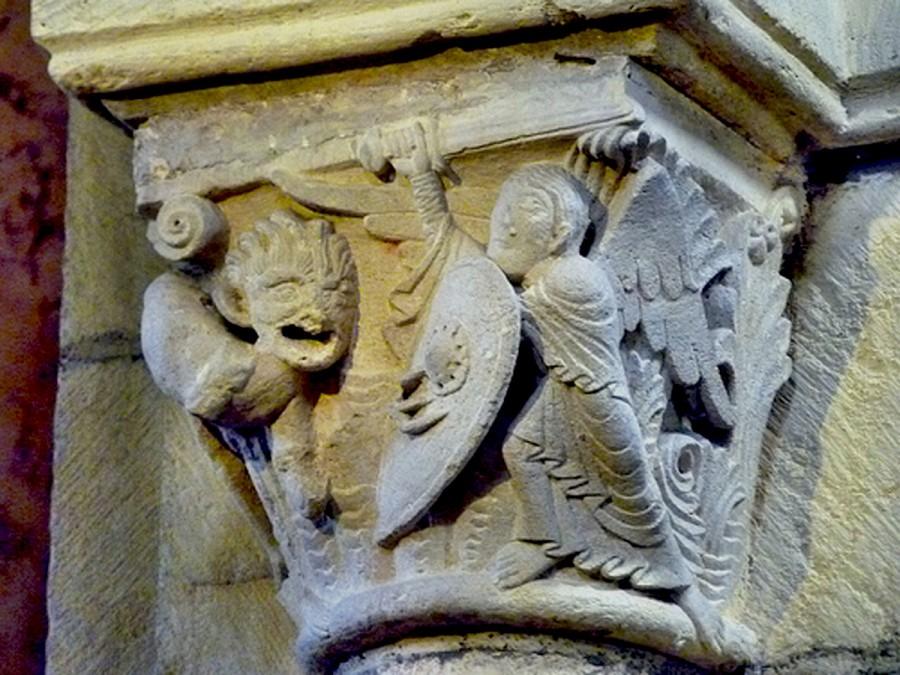 Church of Anzy-le-Duc C11-C12-11
