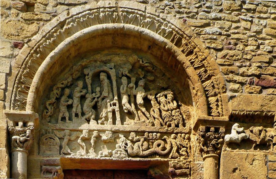 Church of Anzy-le-Duc C11-C12-4