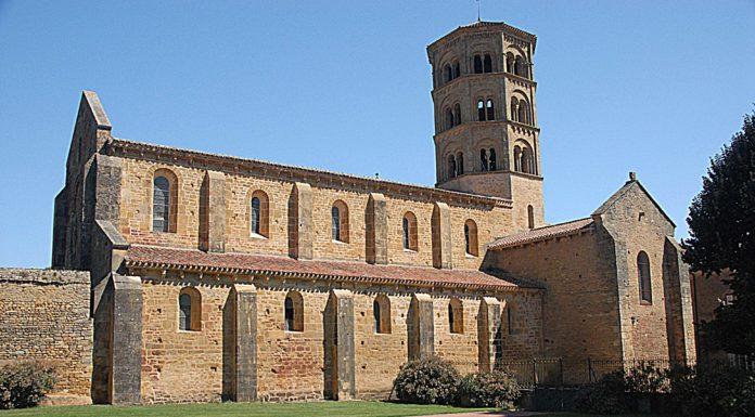 Anzy-le-Duc church1