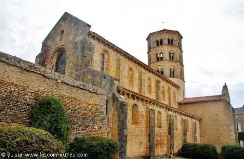anzy le duc church3
