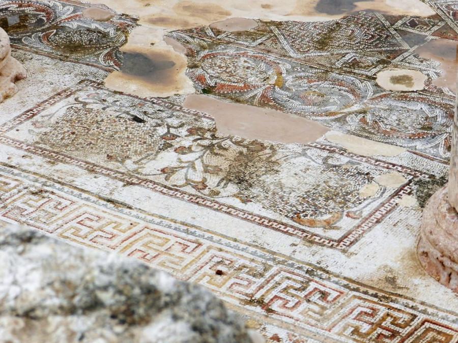 Church-of-Bishop-Isaiah-Jerash-Jordan-damaged-by-8th-century-iconoclasts.-1024x768