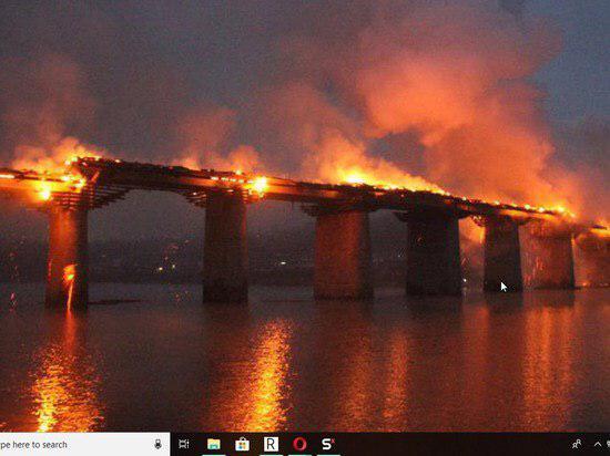 wooden bridge shies archangelsk