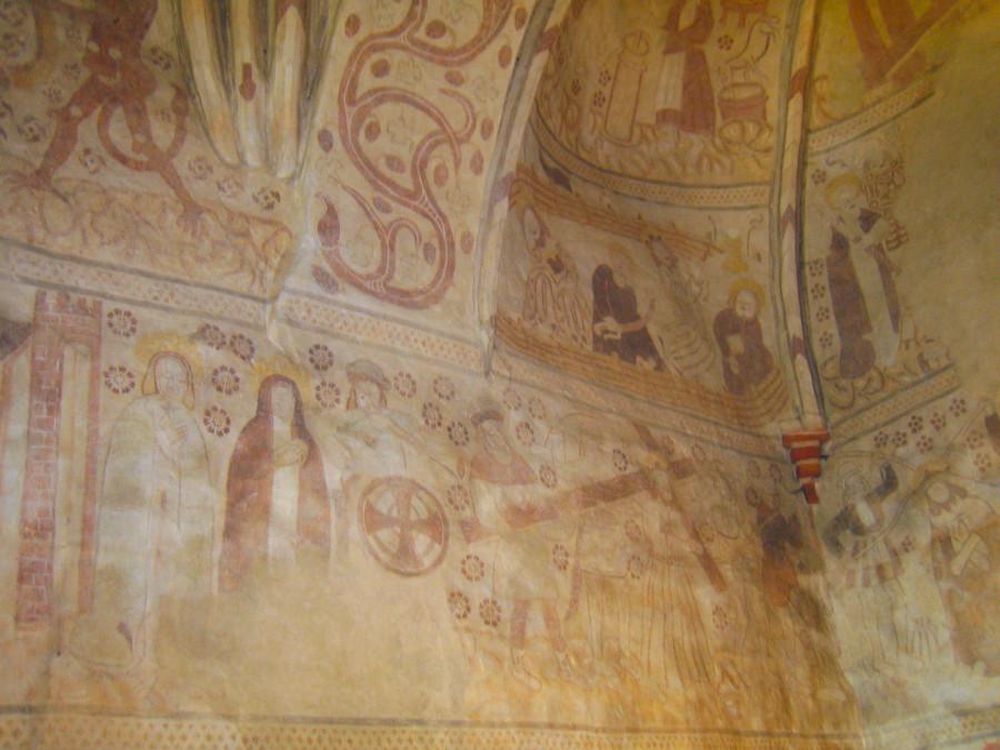 Espoo_Cathedral_frescos
