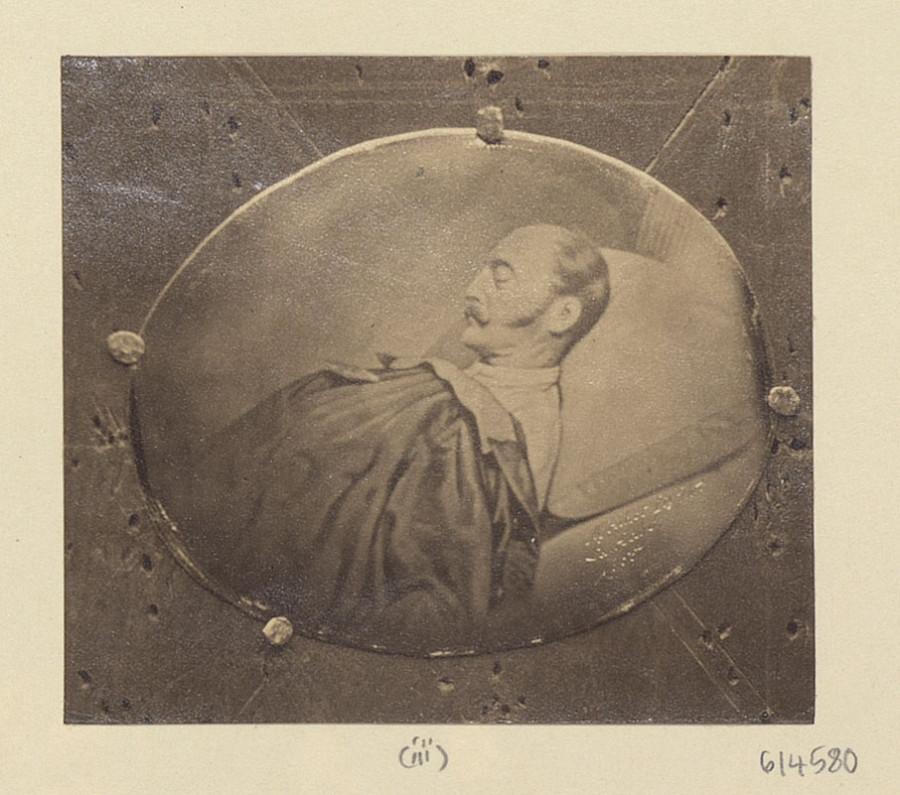Deathbed_portrait_of_Nicholas_I_of_Russia_(print)