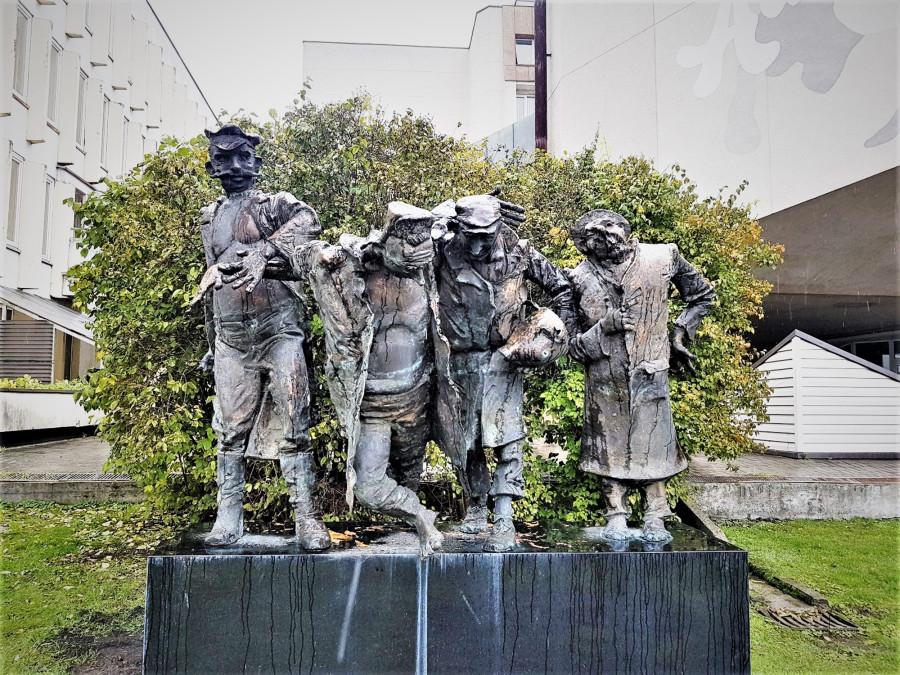 skulptura-biciuliai-82463093 (2)