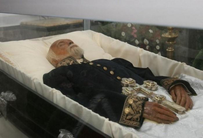 Pirogov_mummy-1