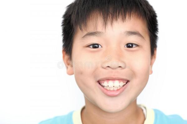 азиатский-мальчик-17306441
