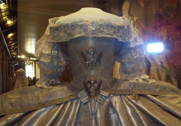 коронационное платье ек2 цербстской