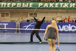2010_11_19_tennis_lukashenko_reuters_6