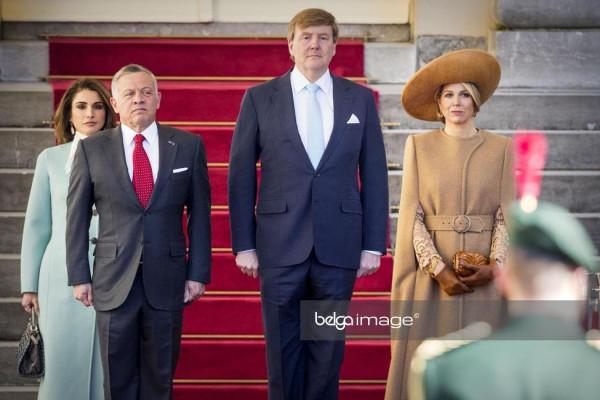 гигантизм среди аристокрадов- король голландии