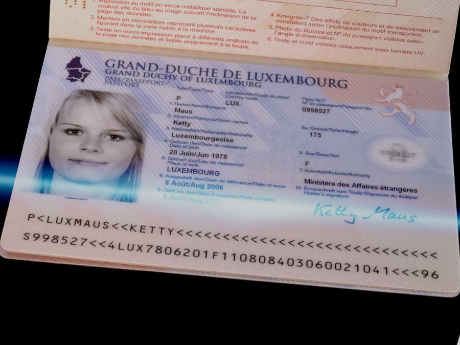passport luxemburg2