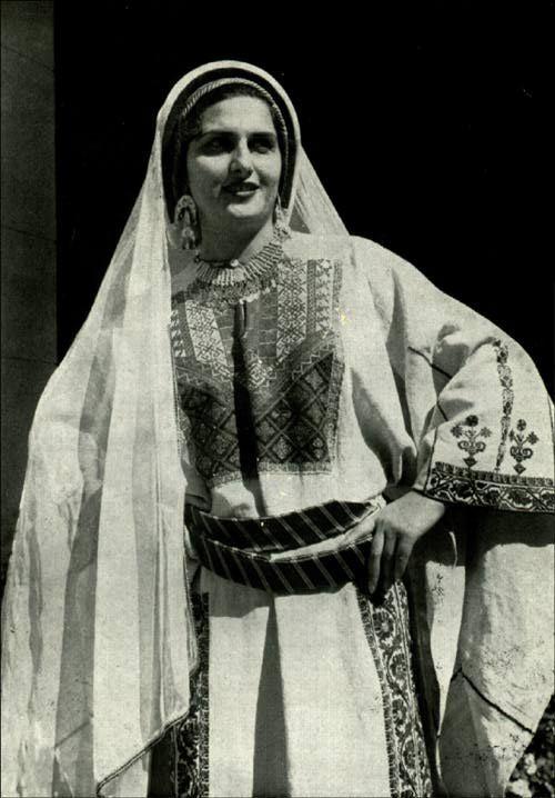 женщина из рамаллы 1900