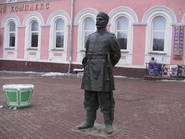 Городовой Нижний новгород с зеленой цветочницей