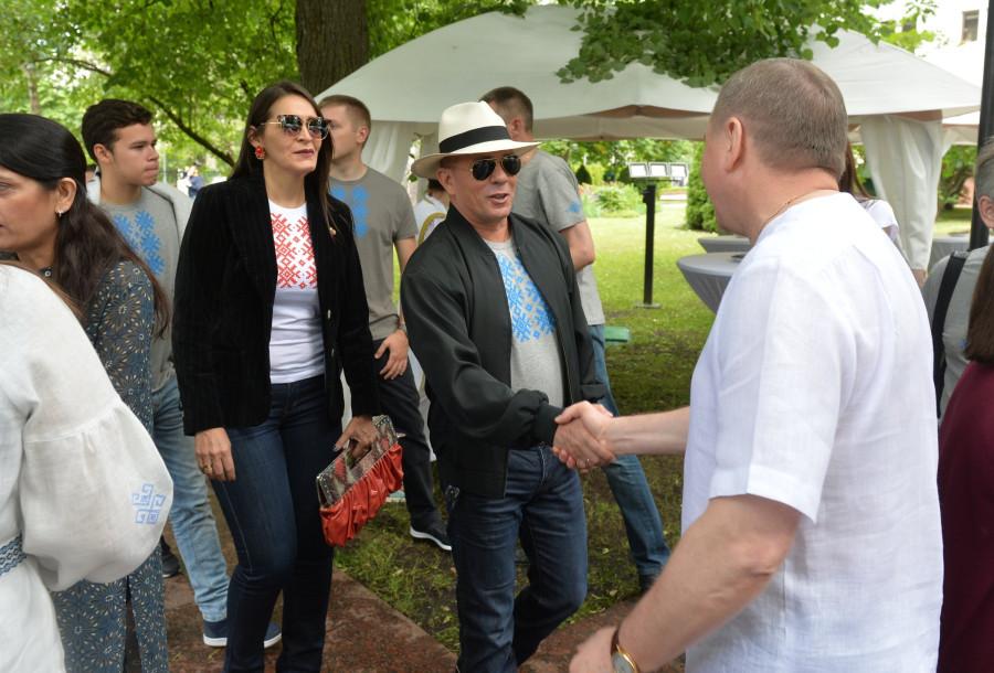 хозе багиано и его жена