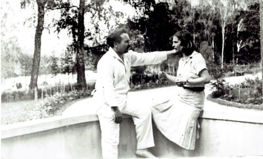 ArosevArosevaSestroreck1937