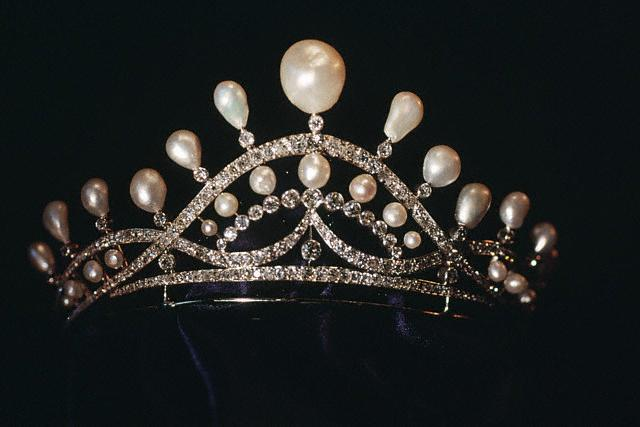 joyaux-Diademe-perles-diamants-Josephine