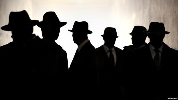 10 знаменитостей, которые были шпионами