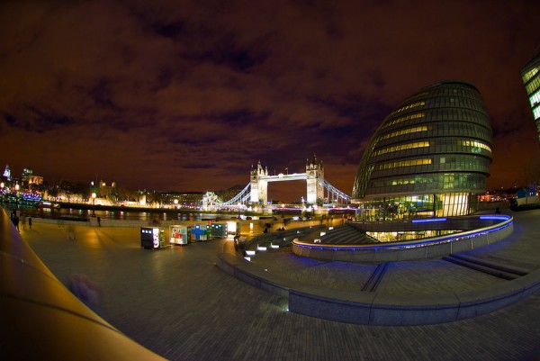 london_at_night_by_keith_poynton-d34po5z
