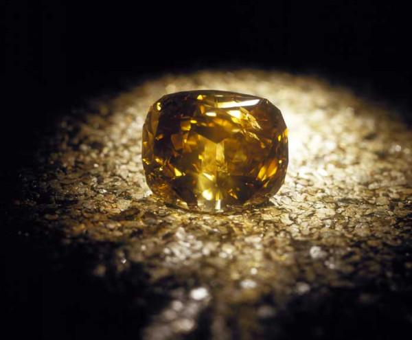 бриллиант Золотой юбилей