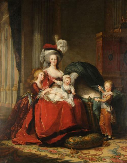 Королева Мария-Антуанетта с детьми. Элизабет Виже-Лебрён, 1787. Портрет писался, пока София ещё была жива, но после смерти дочери королева приказала убрать её с портрета, поэтому дофин Луи Жозеф указывает на пустую колыбель.