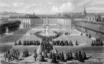 Сен-Сир был первой светской школой для девочек в Европе, он послужил образцом для создания Смольного в Петербурге Екатериной Великой. Созданный в 1684 году, пансион по вполне понятным сословным причинам был упразднён в 1792 года во время революции.