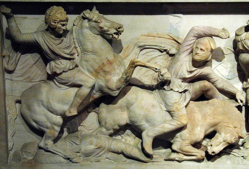 Александр в шлеме Геракла. Рельеф на саркофаге из Сидона.