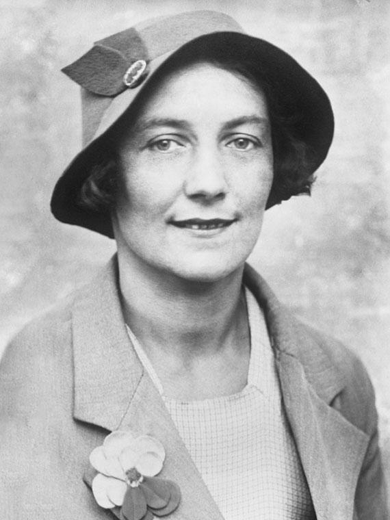 Любовь Евгеньевна Белозерская, 1920-1921. Изображение с сайта yarcenter.ru.