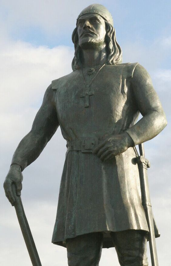 Один из памятников Лейву, прозванному Счастливым. Изображение с сайта warspot.ru.