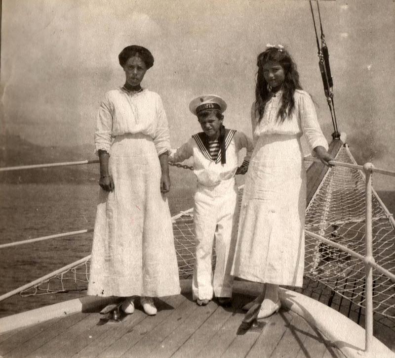 Великая княгиня Ольга Александровна, Цесаревич Алексей и Великая княжна Мария