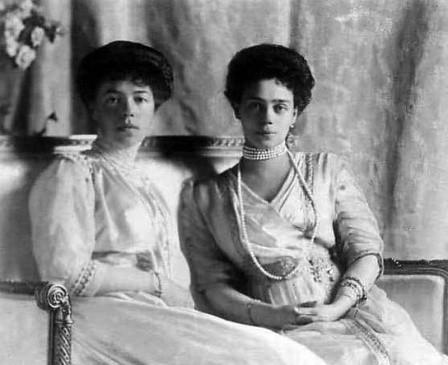 Ольга и Ксения Алексендровны