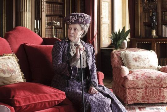Графиня Грэнтем - Мэгги Смит.