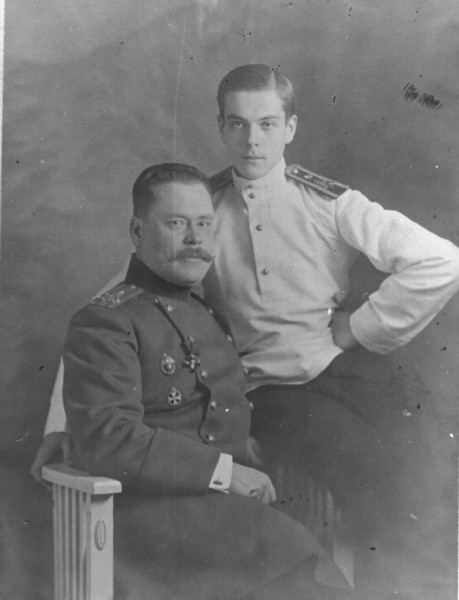 Владимир с Александром Фену, 1913.