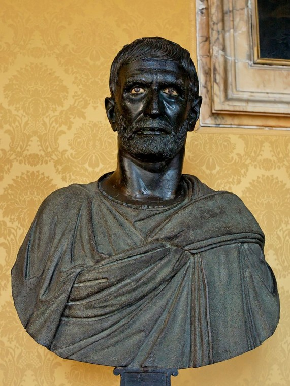 Бюст Луция Юния Брута, боровшегося с царём Тарквинием.