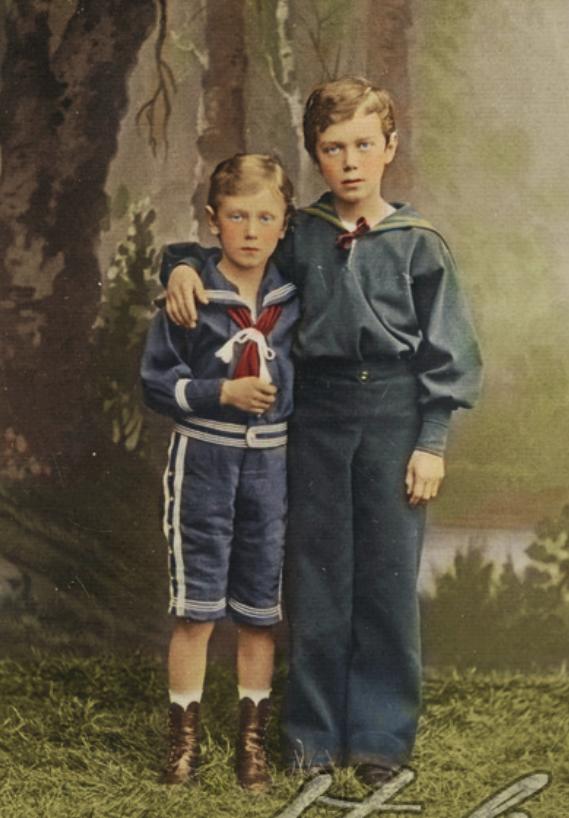 Николай (справа) и Георгий (слева).