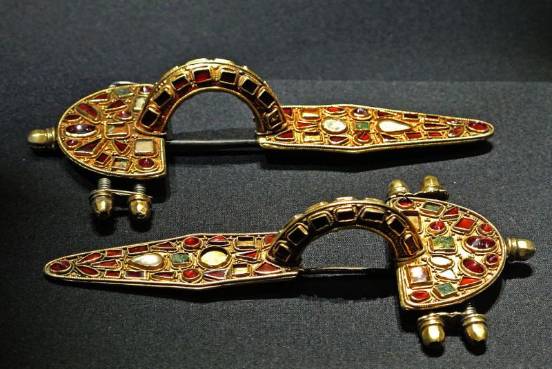 Немецкая фибула V века.