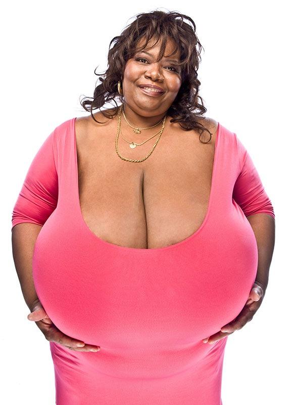 Самая большая грудь фото сосков фото 222-494