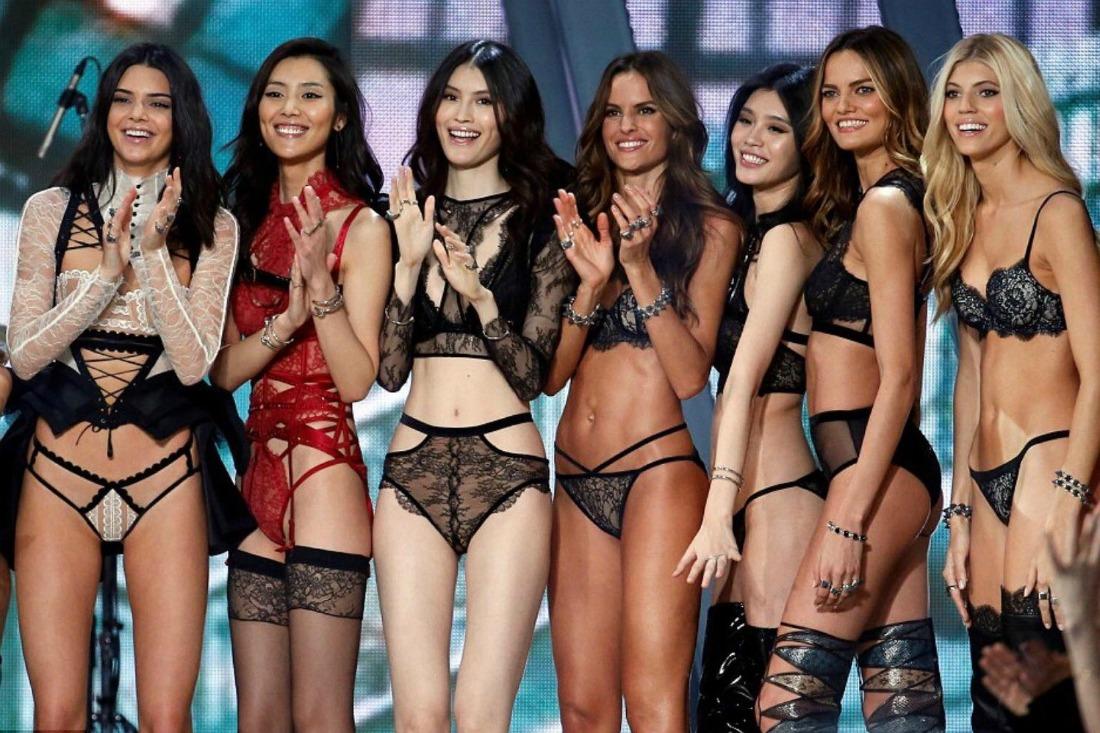 Показ Victoria's Secret 2016
