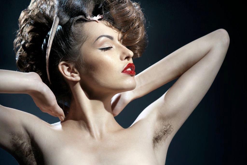 фильмы онлайн и фото с женскими волосатыми подмышками - 1