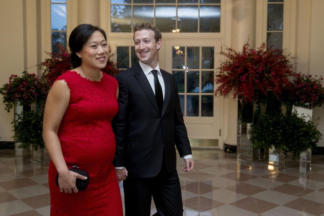За что Цукерберг любит жену?