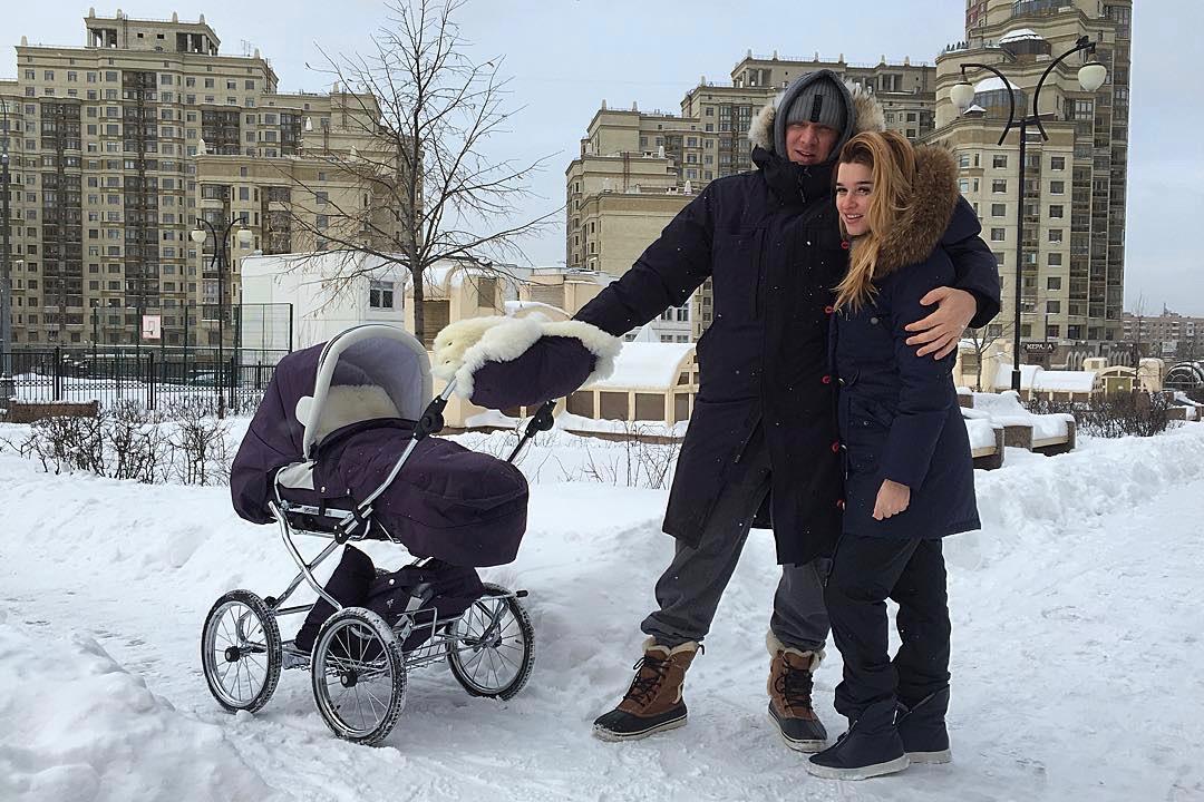 «Счастливая жена и мама» на выгуле