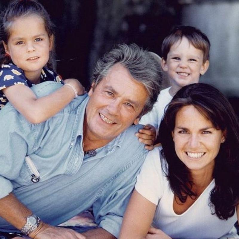 с Розали и детьми