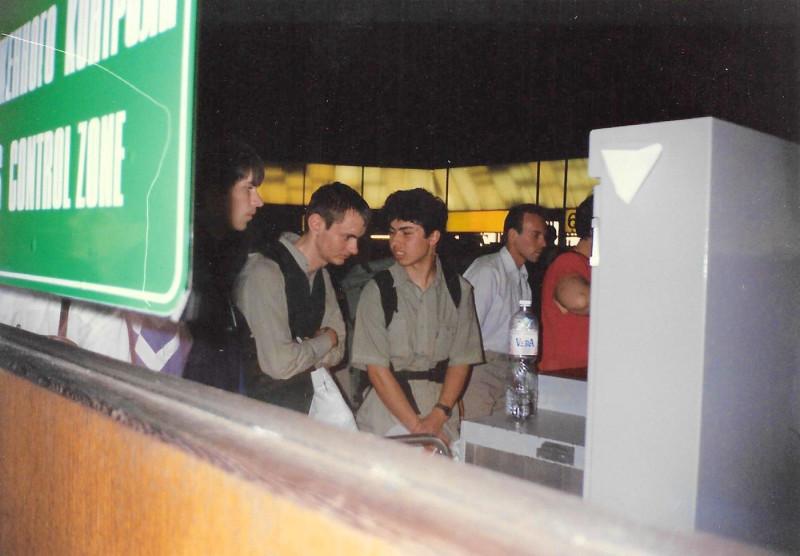 Николай Дуров и Антон Розенберг в Шереметьево перед вылетом на Тайвань