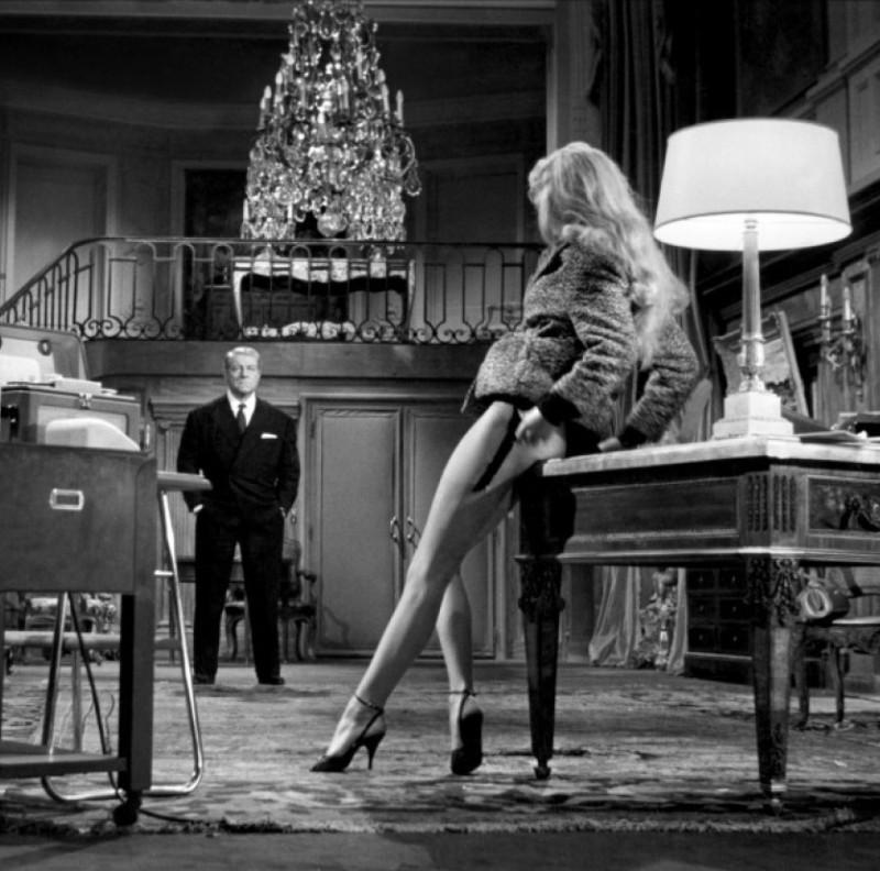 """Брижит Бардо и Жан Габен, кадр из фильма """" В случае несчастья"""", 1958г."""