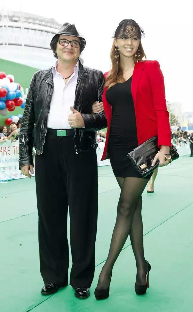 телеведущий Дмитрий Дибров со своей женой Полиной