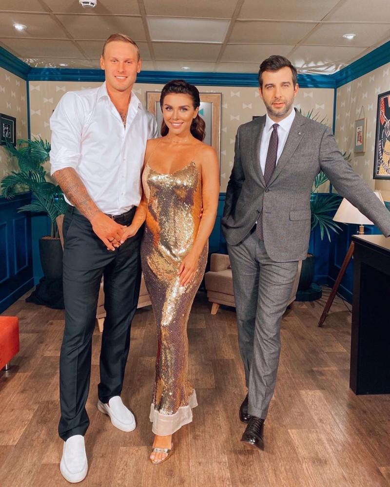 Слева направо: Янис Тимма, Анна Седокова, Иван Ургант
