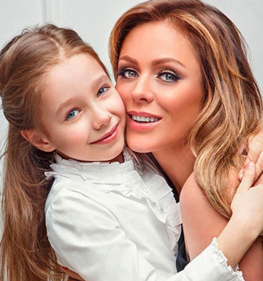 Юля Началова с дочерью Верой