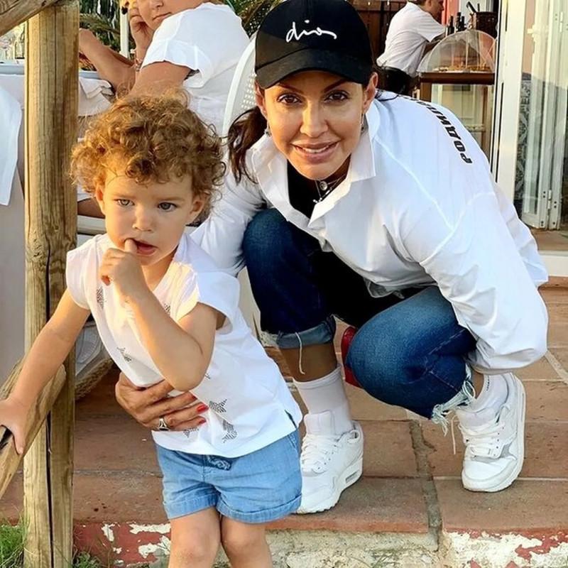 Алиса Казьмина с дочерью Есенией Аршавиной