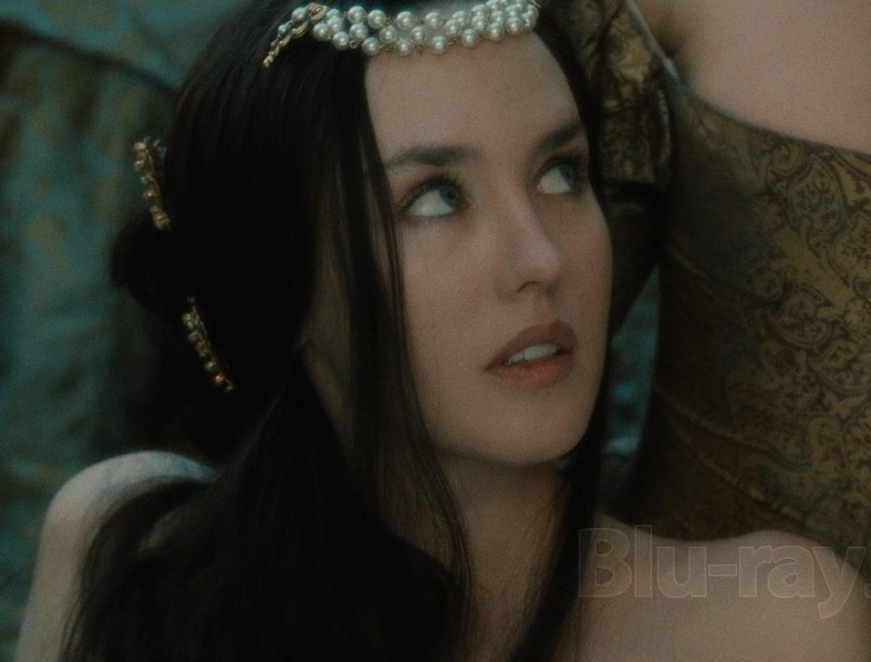 Изабель Аджани в роли королевы Марго