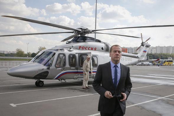 вертолет премьер-министра России Дмитрия Медведева Agusta AW139